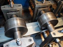 Proces productie profile metalice 4
